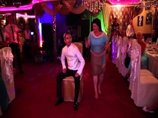 Танец жениха и тещи на свадьбе