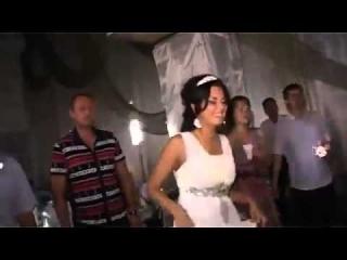 эротическии танец для мужа дома видео